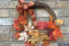 """Wooden Chipmunk + Fall Leaves 12"""" Grapevine Wreath"""